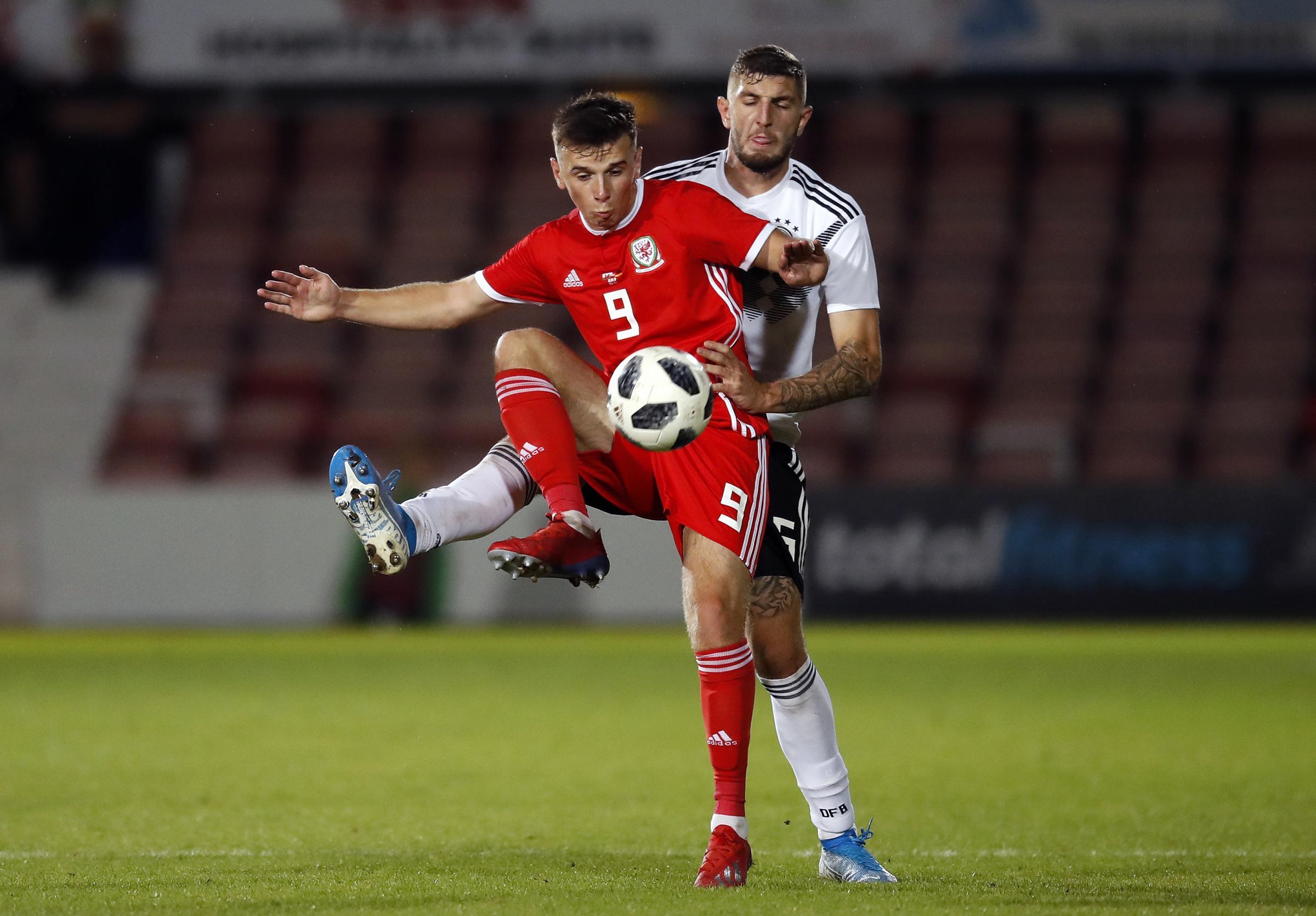 Striker Mark Harris is back as Wrexham AFC return to league action against Sutton