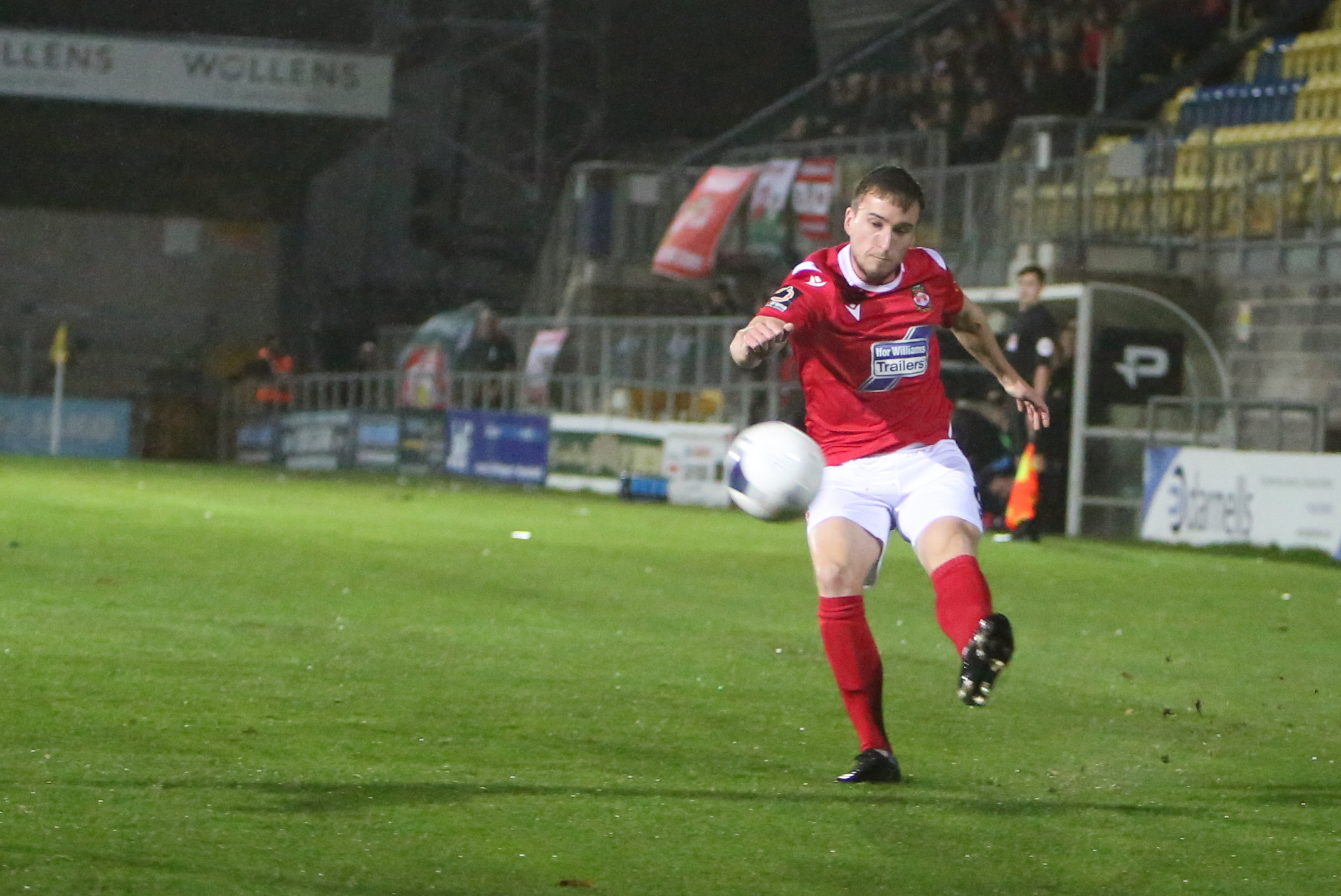 Luke Young wants a Wrexham AFC win to close the gap on fellow strugglers Fylde