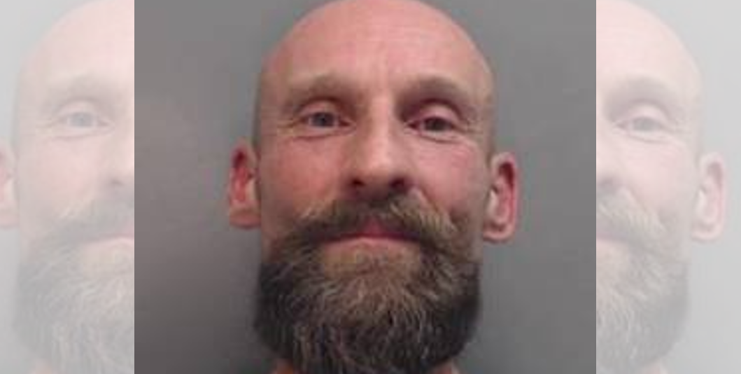 Police appeal to find Wrexham man who breached court order