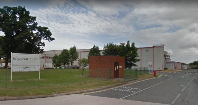 "Talks over safety measures and full pay for staff with coronavirus at Rowan Foods in Wrexham have ""broken down,"" union claims"