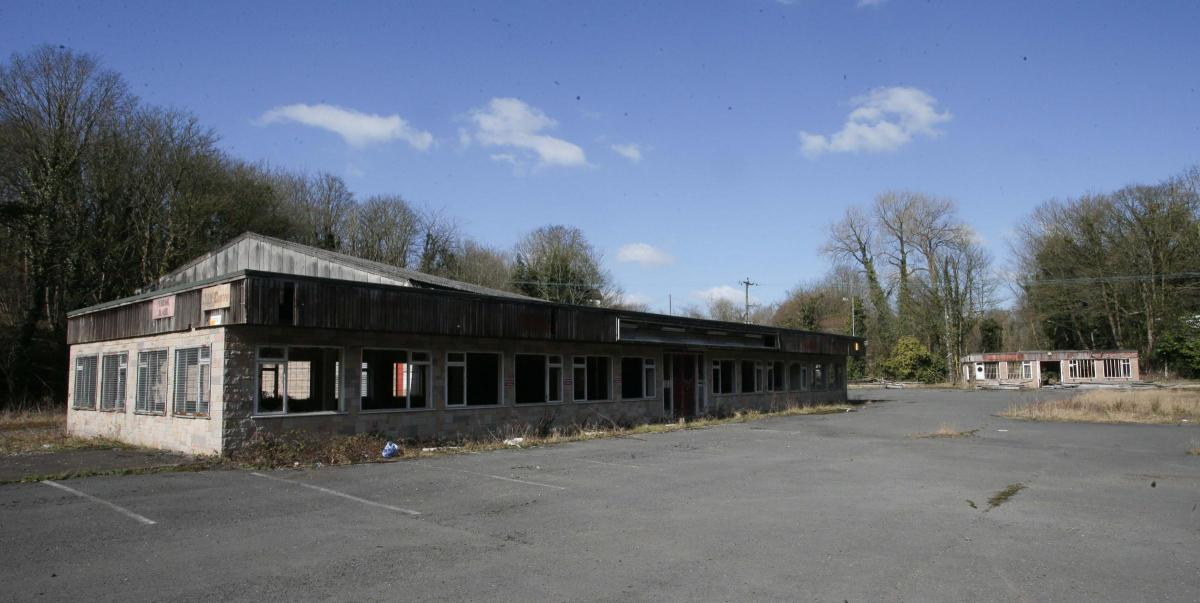 Cefn y bedd decision day looms on plan to build on eyesore decision day looms on plan to build on eyesore former flintshire garden centre site malvernweather Image collections