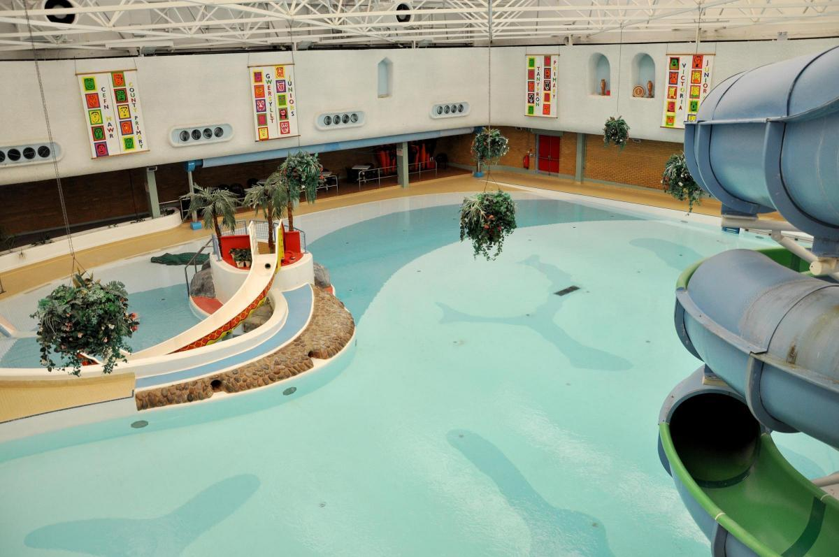 'Shocking' discovery of hypodermic needle floating in swimming pool at Wrexham's Plas Madoc Leisure Centre