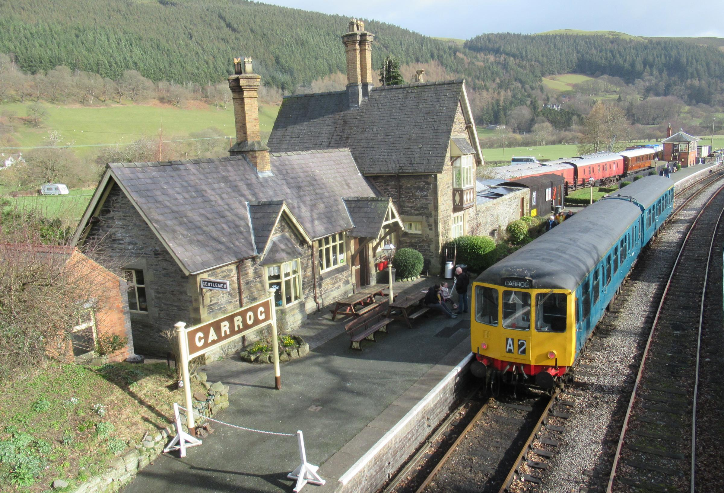 First trains of new season hit the tracks at Llangollen