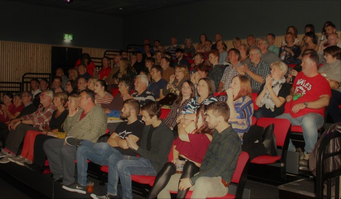 The audience at a previous Ty Pawb comedy night.