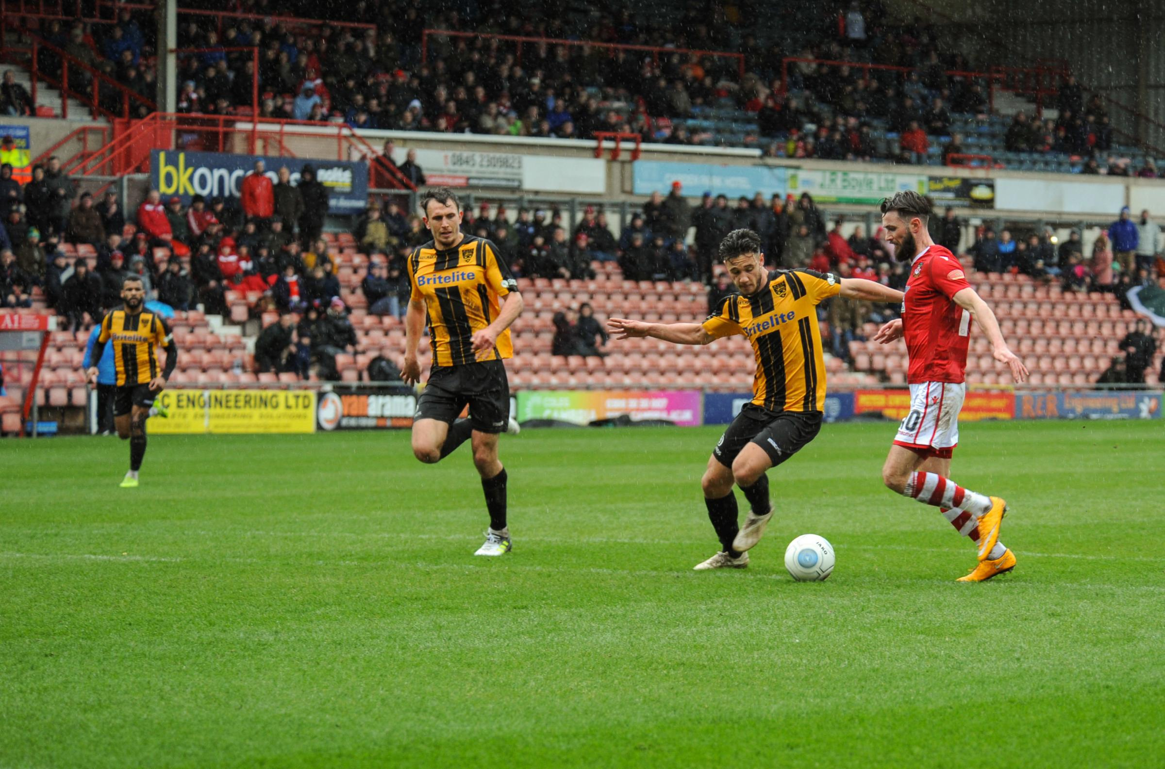 Chris Holroyd says Wrexham AFC must keep believing they can win the title